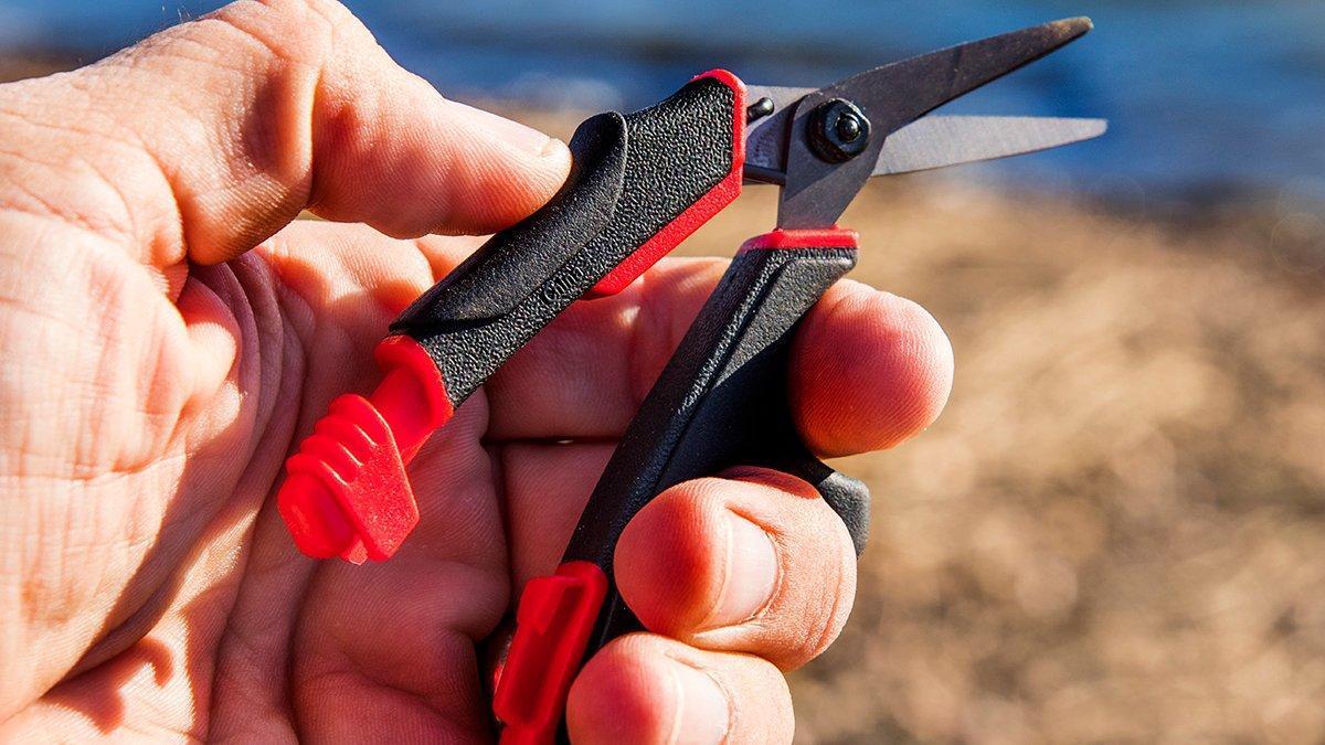 Rapala-scissors-unlocked.jpg