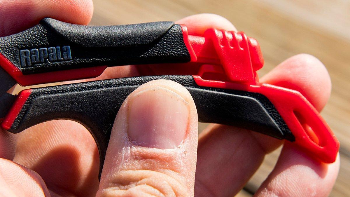 rapala-scissors-locked.jpg