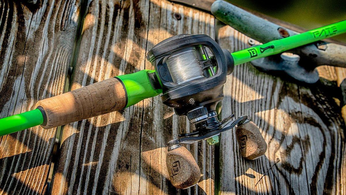 13-fishing-fate-black-lead.jpg