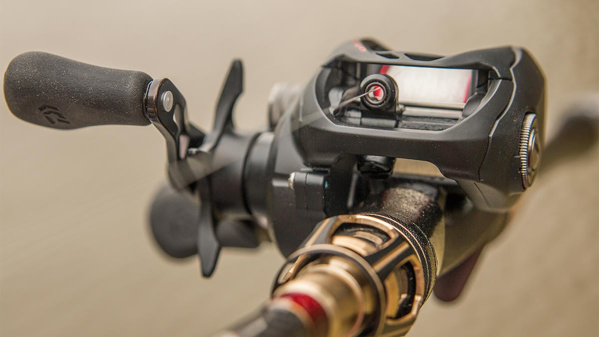 daiwa-fuego-ct-casting-reel-from-front.jpg