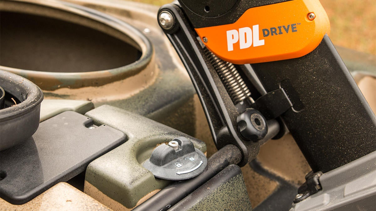 old-town-predator-pdl-kayak-drive-unit-locked.jpg