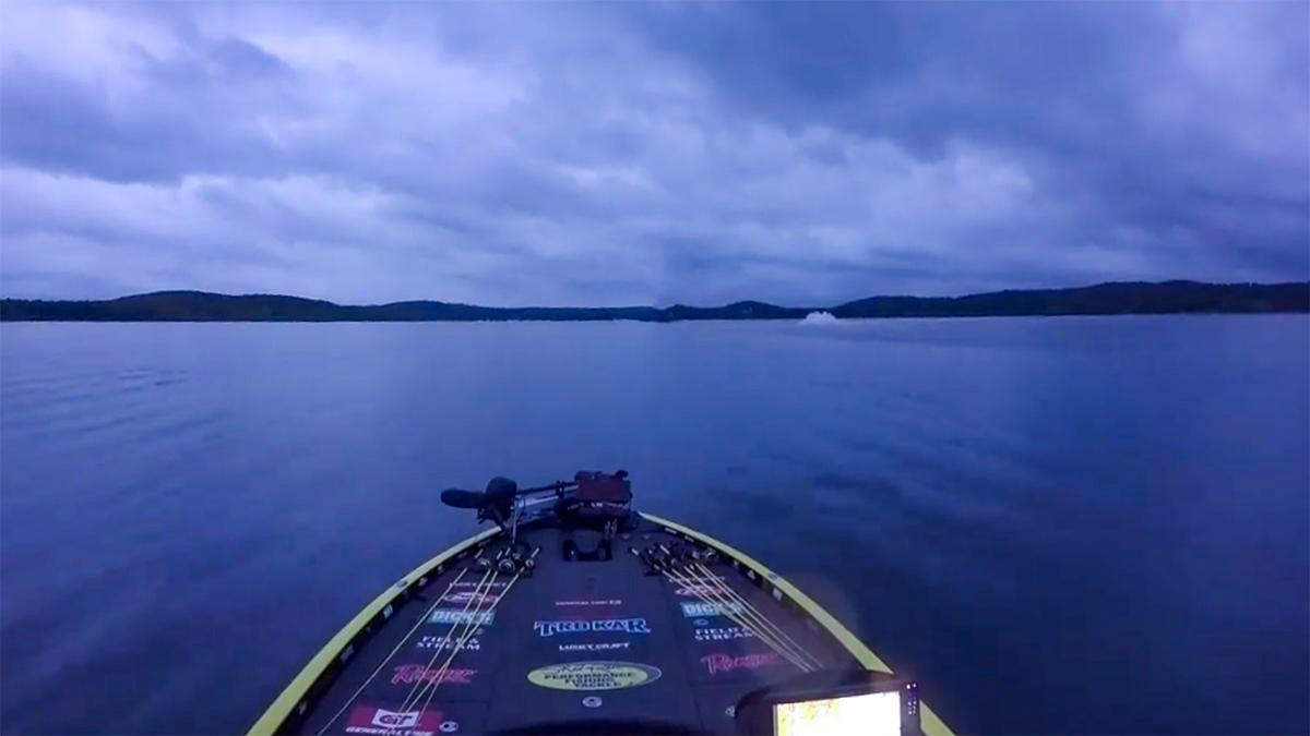 skeet-boat-wipe-out.jpg