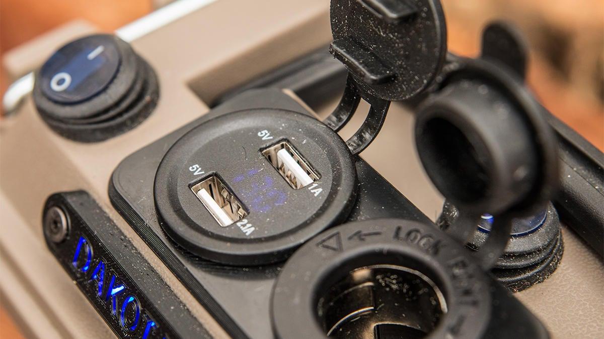 dakota-lithium-powerbox-10-2.jpg