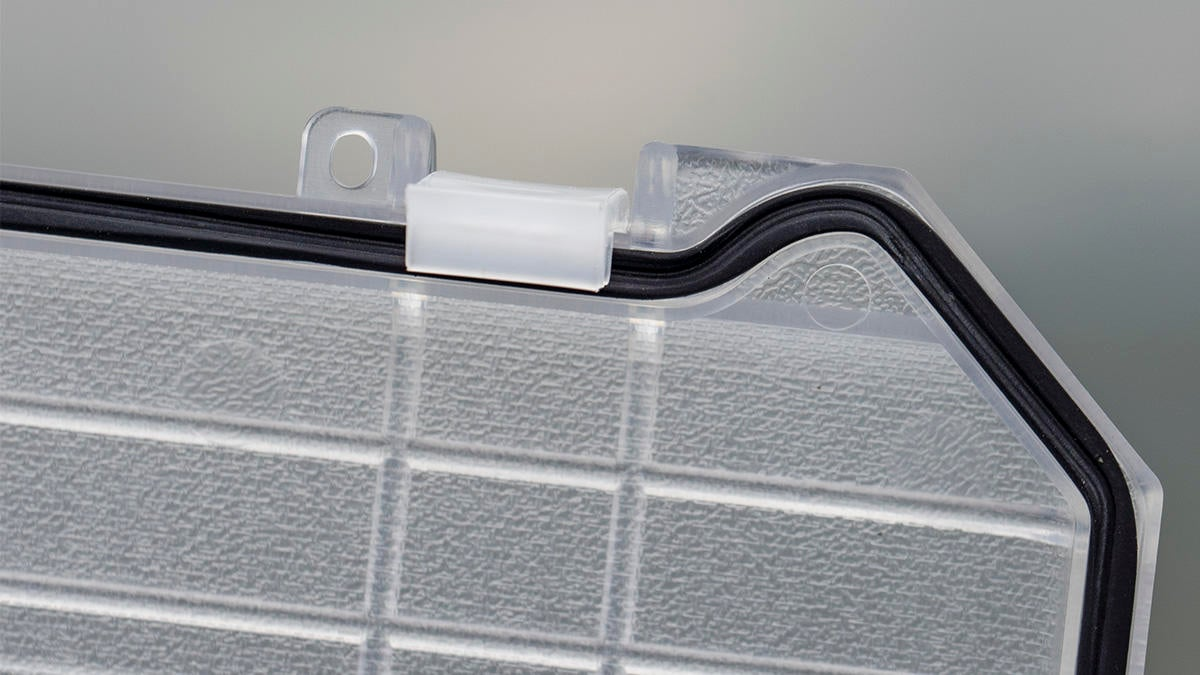 ice-box-hinges-rubber-seal.jpg