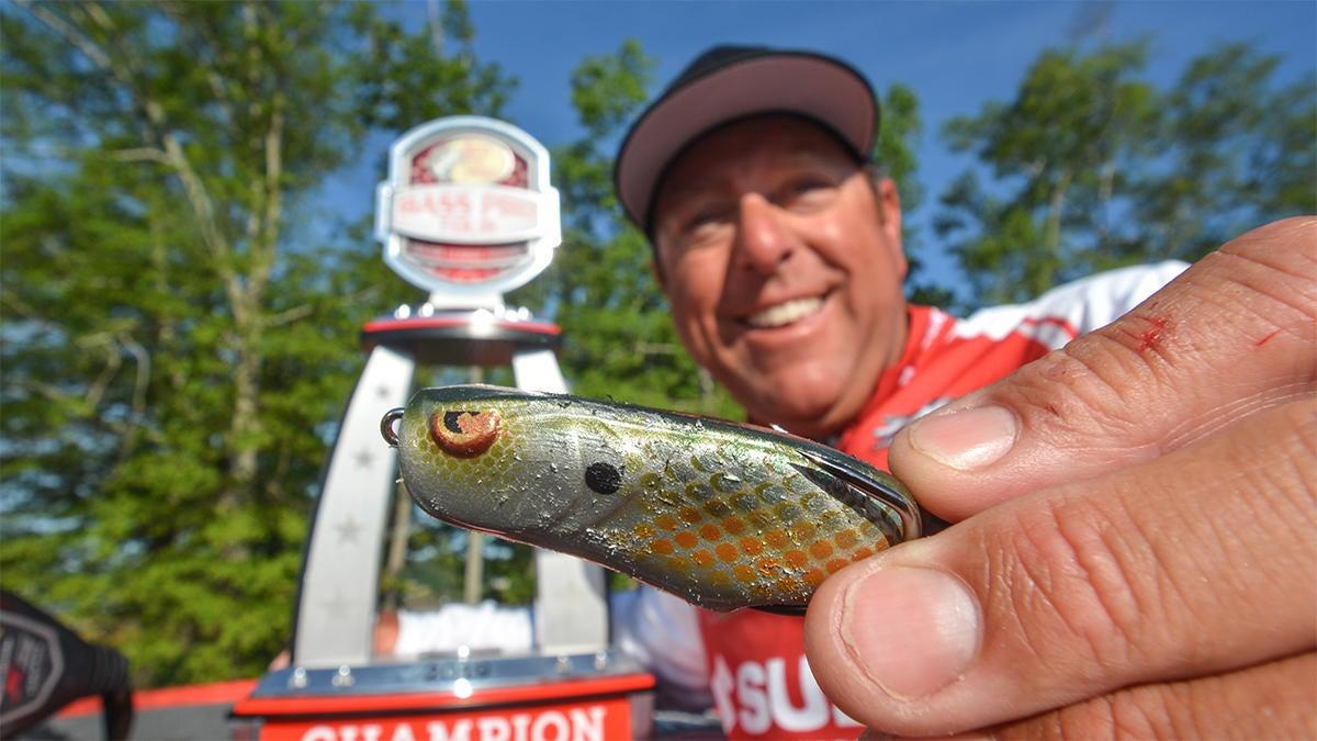 rojas-spro-bronzeye-frog-for-bass-fishing-2.jpg