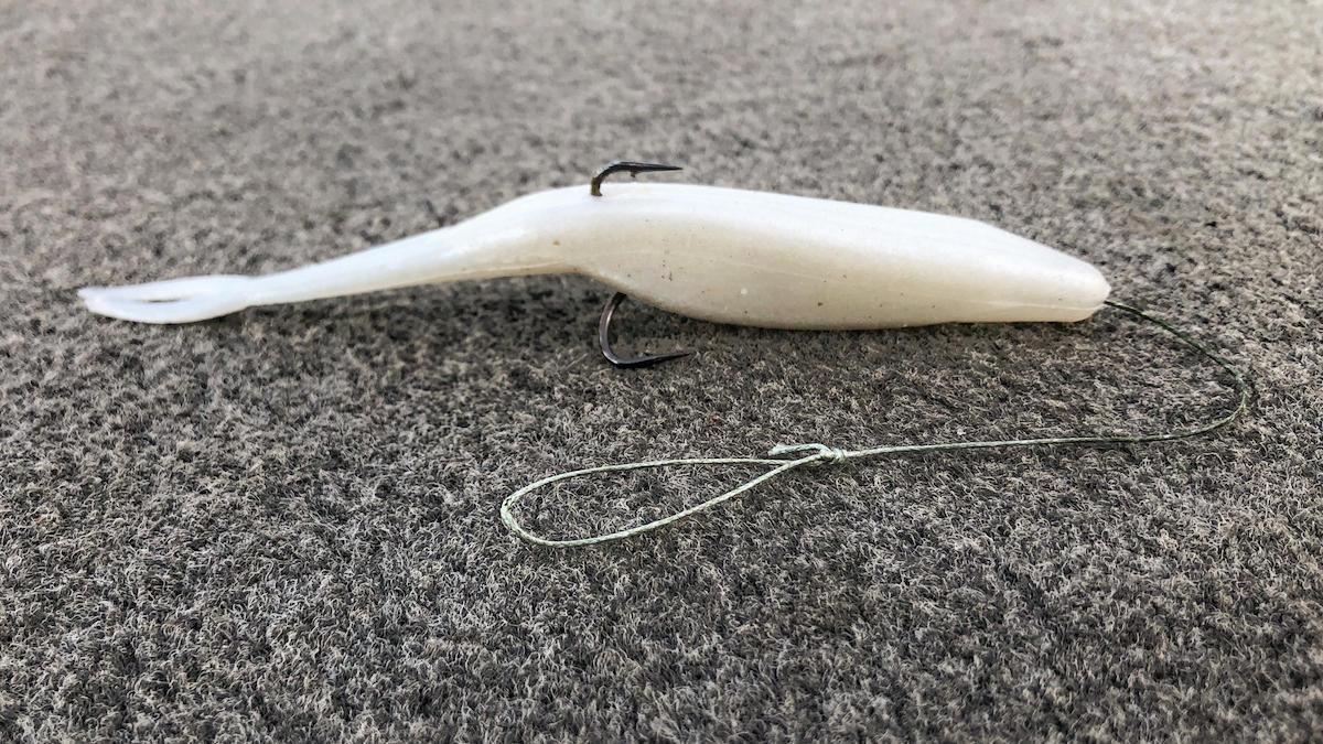 weird-ways-to-use-a-treble-hook-for-bass-fishing-2.jpg
