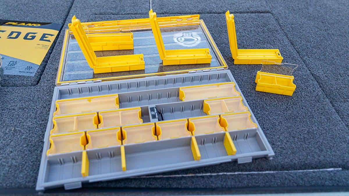 plano-edge-terminal-compartments.jpg