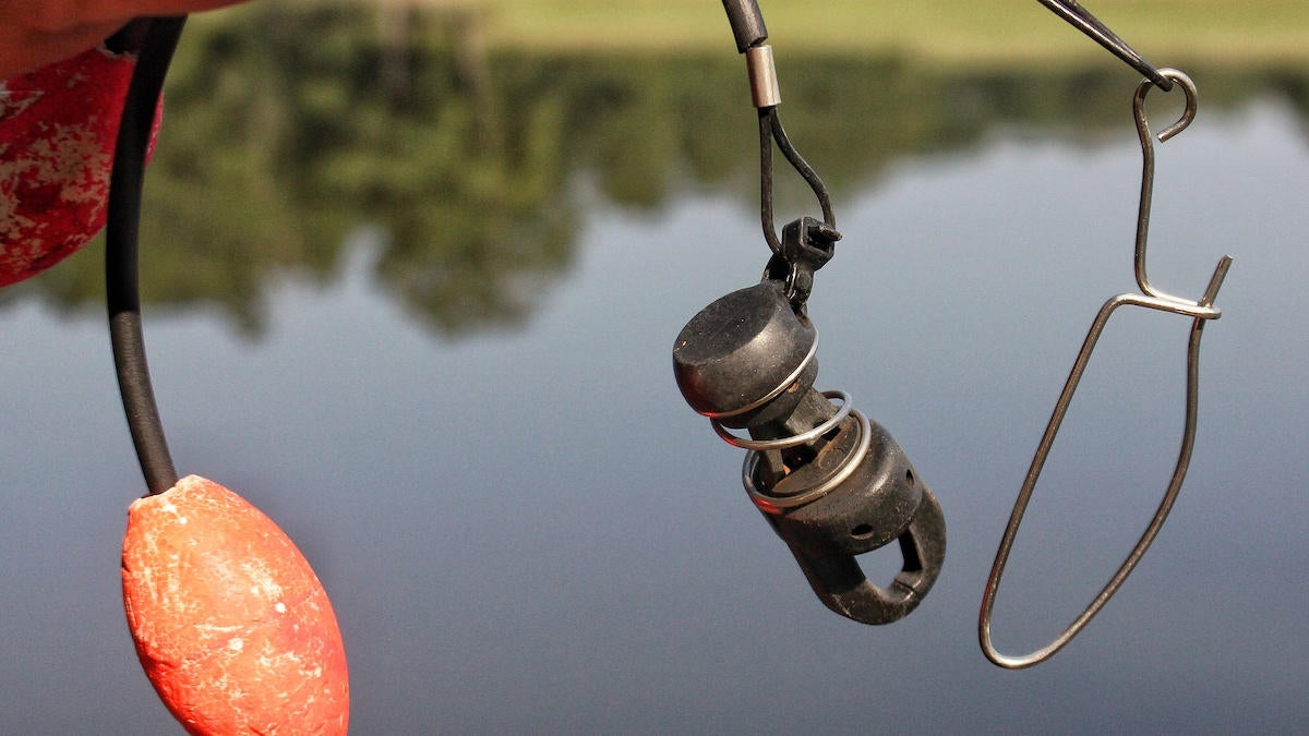 clever-ways-to-use-a-zip-tie-in-bass-fishing-5.jpg