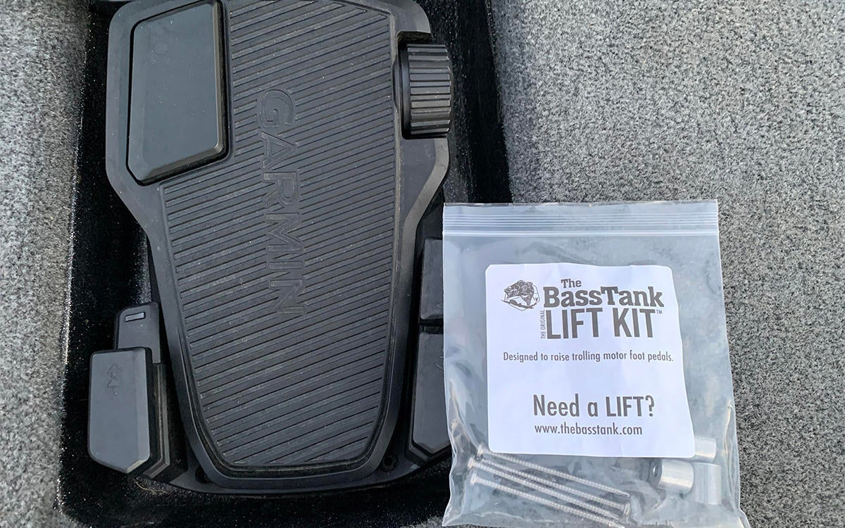 bass-tank-lift-kit-packaging.jpg