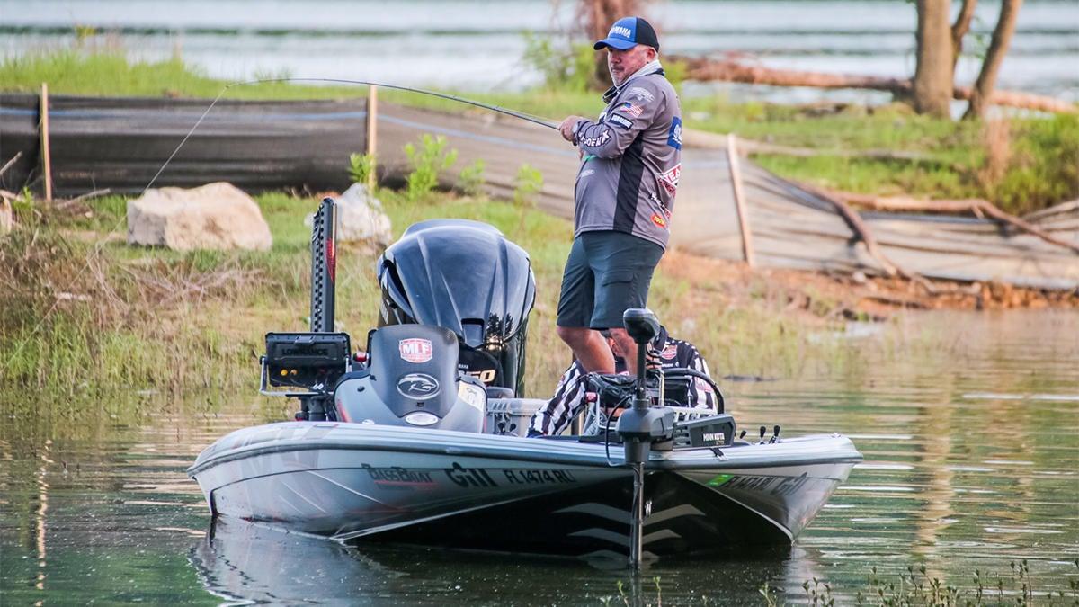fine-tuning-bass-fishing-gear-for-shallow-summer-bass-4.jpg
