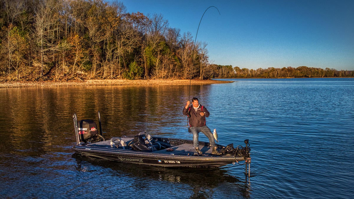 jason-flipping-crappie-with-turret.jpg