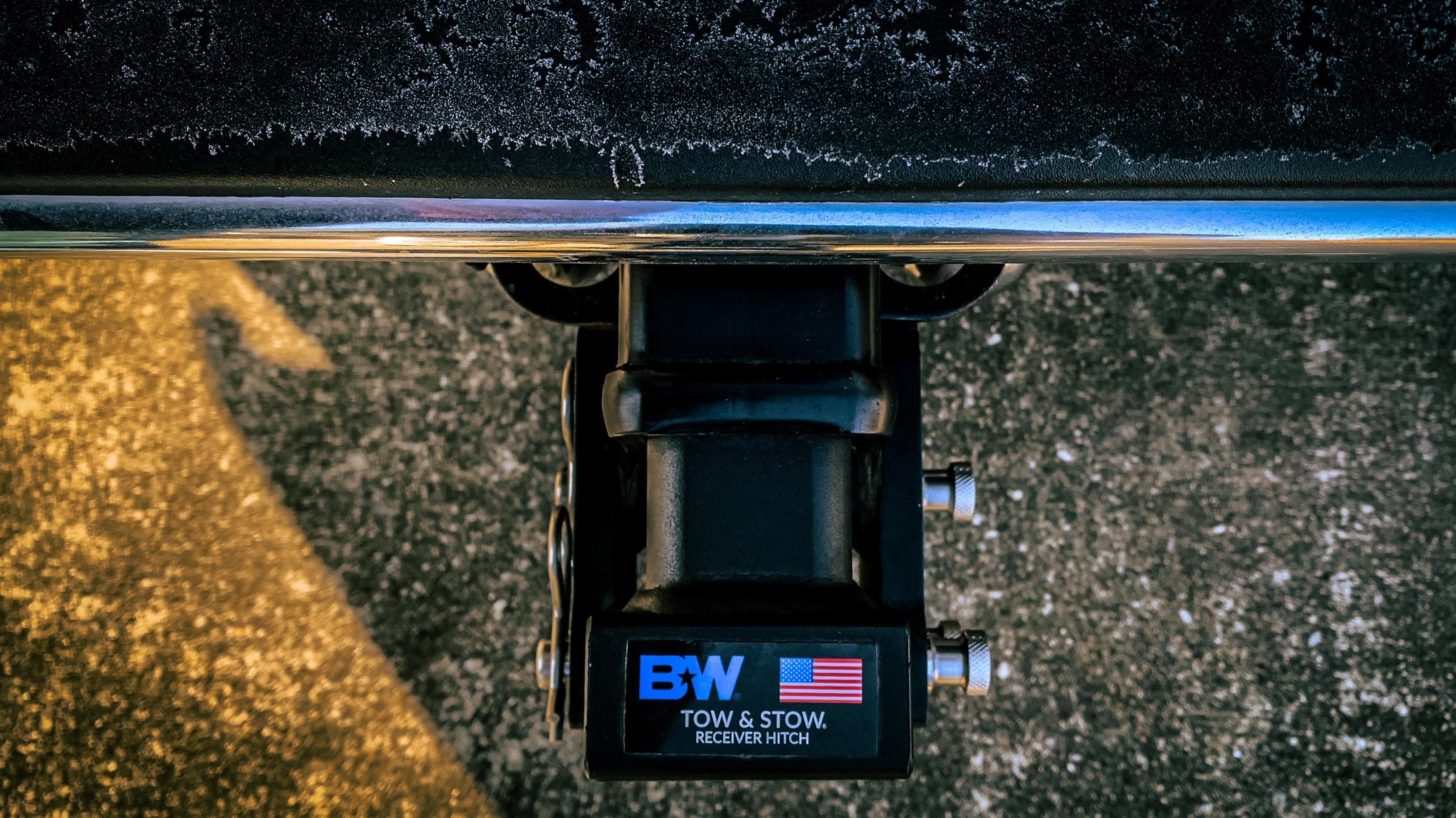 b-w-tow-stow-5.jpg