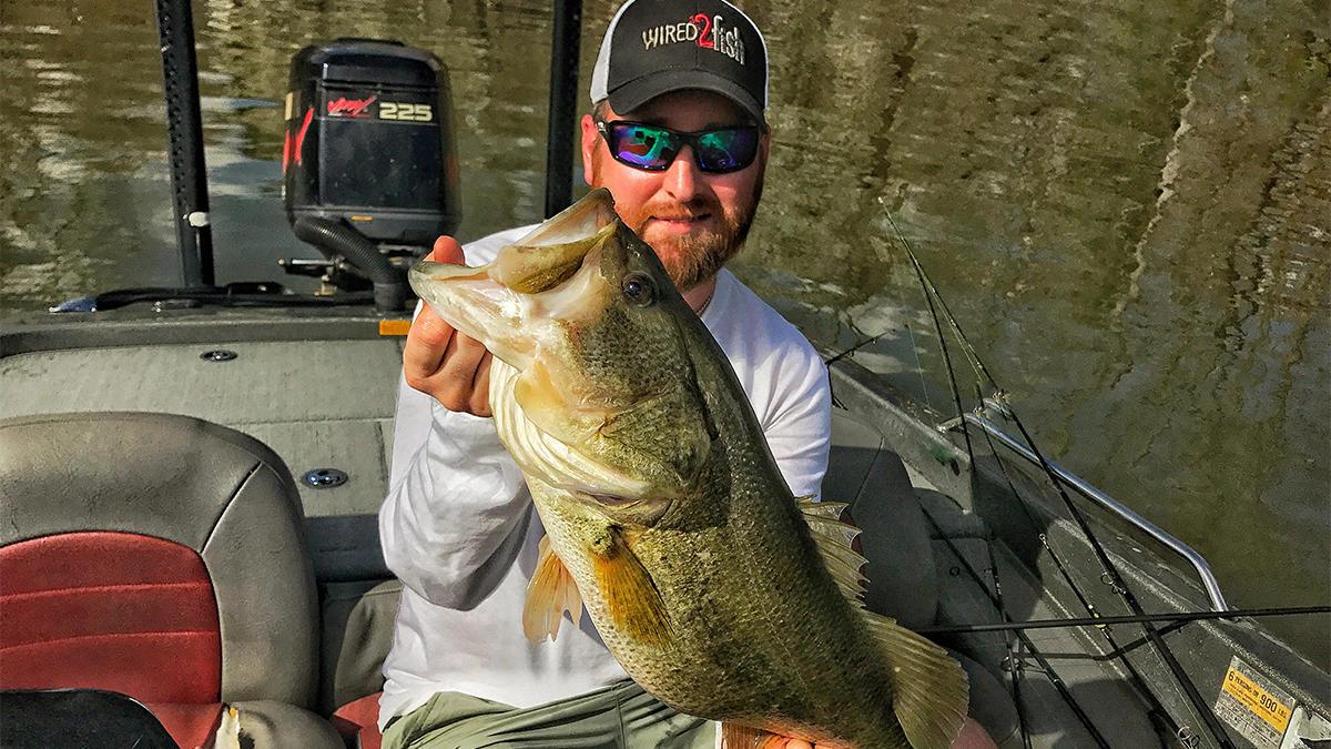 winter-bass-fishing-tips-for-fishings-edges-for-bass-2.jpg