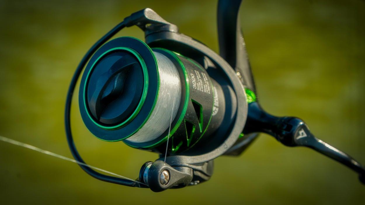 viper-x-spinning-fishing-reel-00002.jpg