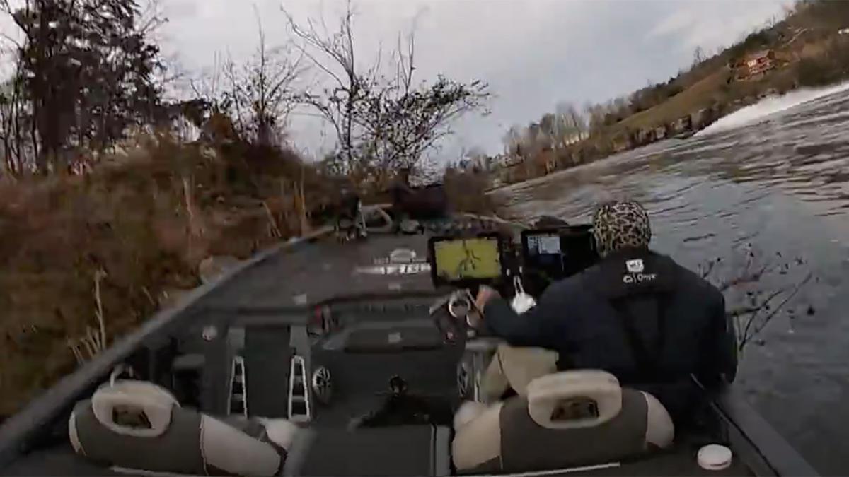 aaron-britt-bass-boat-crash-smith-lake-4.jpg