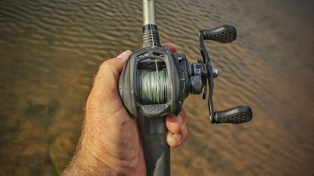 how-to-set-up-a-baitcaster-fishing-reel-for-bass-fishing-5.jpg