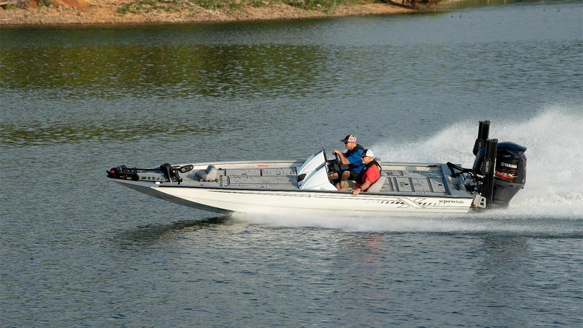 seadek-for-bass-fishing-boats-6.jpg