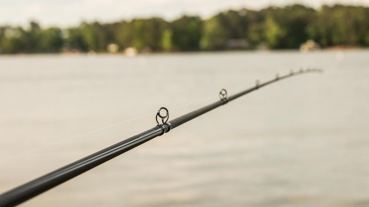 abu-garcia-winch-casting-rod-for-bass-fishing-review-4.jpg