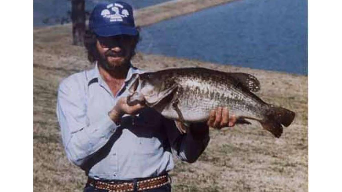 texas-state-record-bass.jpg