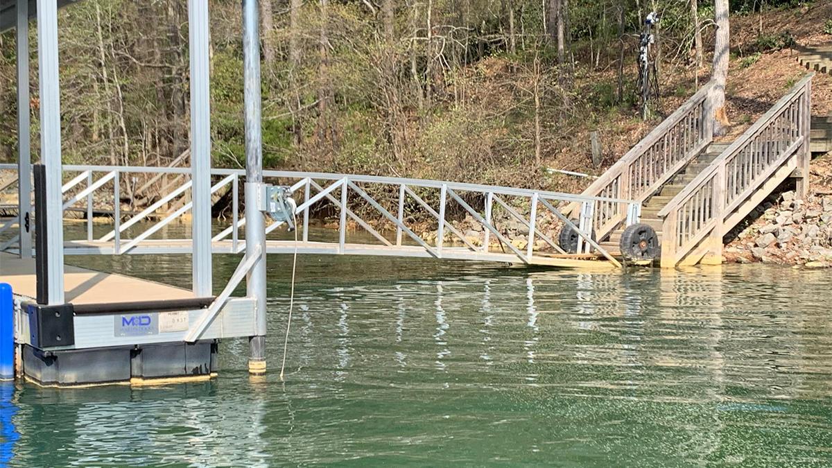 bass-fishing-floating-docks-for-bass-4.jpg
