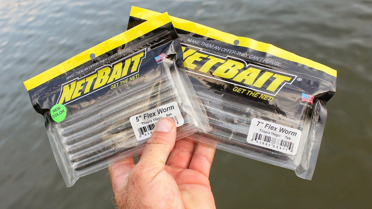 netbait-flex-worm-for-bass-fishing-review-5.jpg