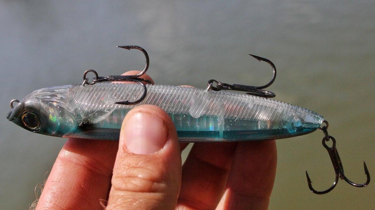 yo-zuri-3db-series-pencil-125-topwater-bass-fishing-lure-review-4.jpg