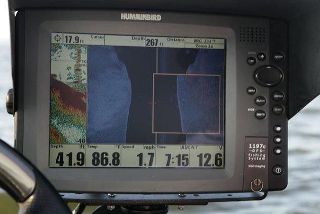 Basics of Side Imaging and Down Imaging on Fish Finders