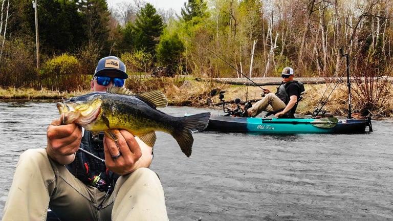 Wacky Rigging Springtime Bass From Kayaks