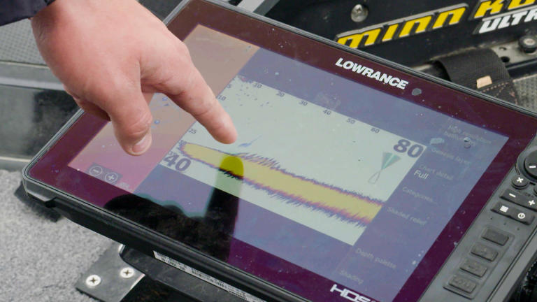 Find Fall and Winter Crappie With Lowrance LiveSight